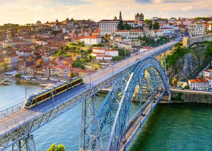 viaje en autobús a Oporto desde Asturias
