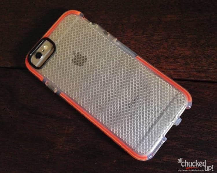 Tech21 Classic Check for iPhone 6