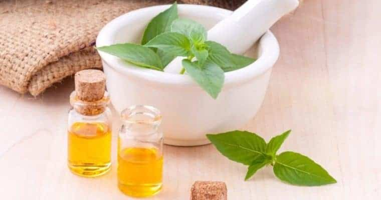 what is holistic therapy - Essential Oils For Arthritis Pain Relief
