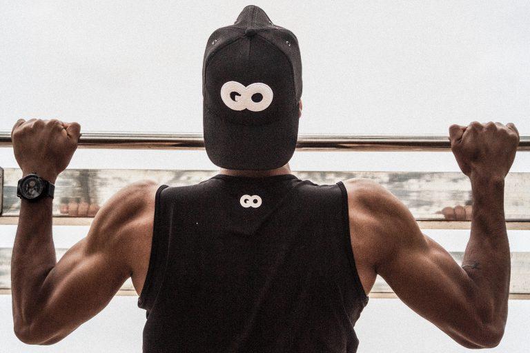 Los mejores ejercicios de calistenia para bíceps (sólo necesitas tu peso corporal).