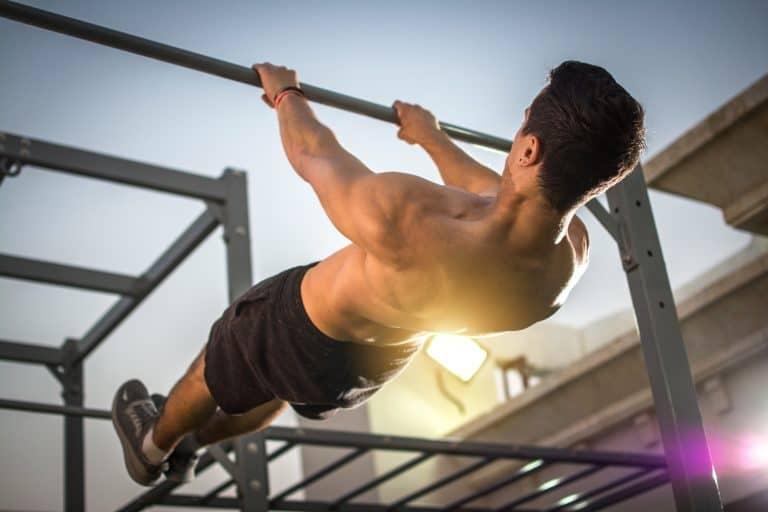 Cómo dominar el Front Lever: ejercicios, progresiones y consejos.