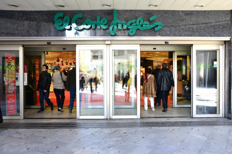 Dónde ir de compras en Madrid - El Corte Ingles ofrece una increíble variedad de productos que van desde ropa a juguetes pasando por electrónica o alimentación / foto: OgoTours