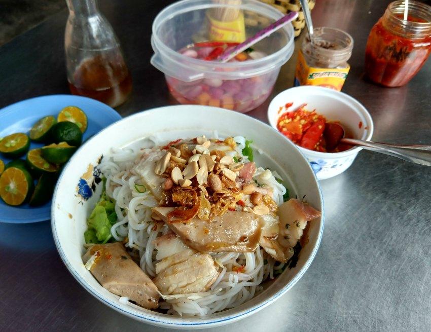 Vietnamese food blog bun mam