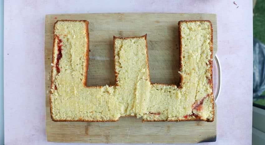 A cake shaped in the letter E