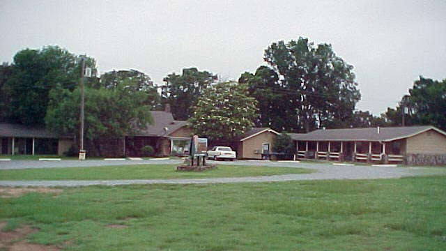 Clayton Country Inn