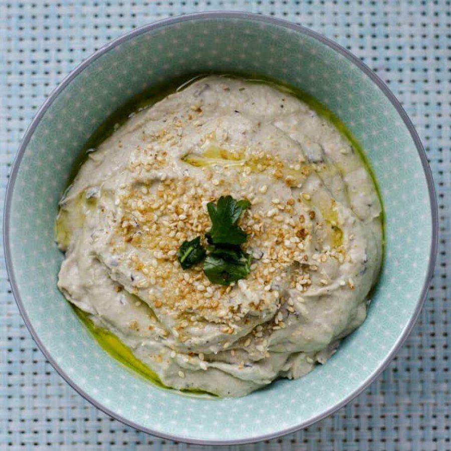 Recept za veganski baba ganoush, namaz iz pečenih jajčevcev