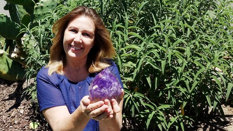 Meditation Made Easy by Using Crystals