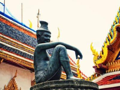 1. Temple of the Emerald Buddha – Bangkok