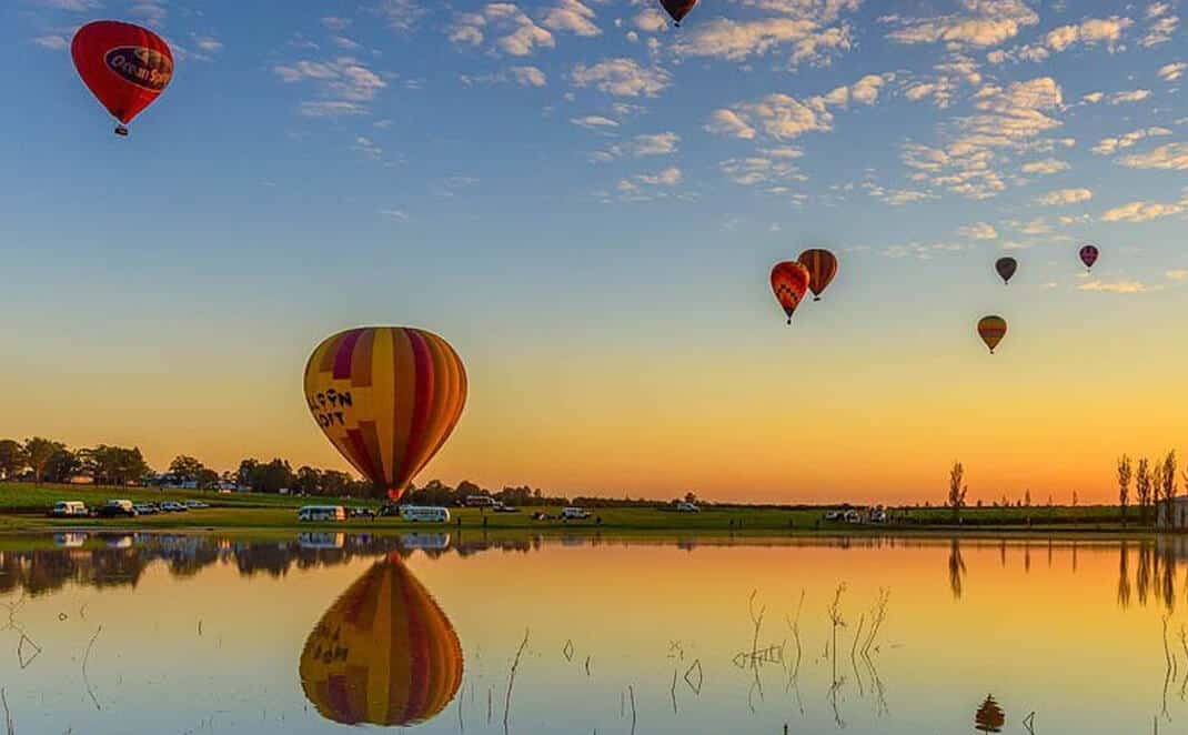 Hot air balloons in Hunter Valley