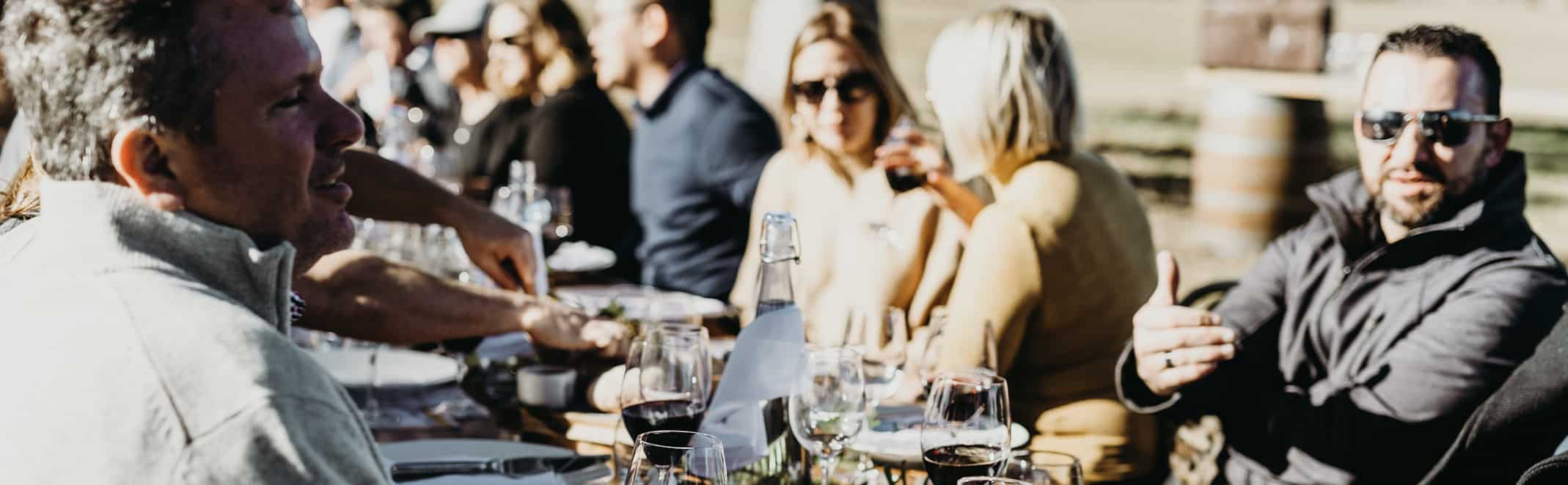 Sociable dinner table