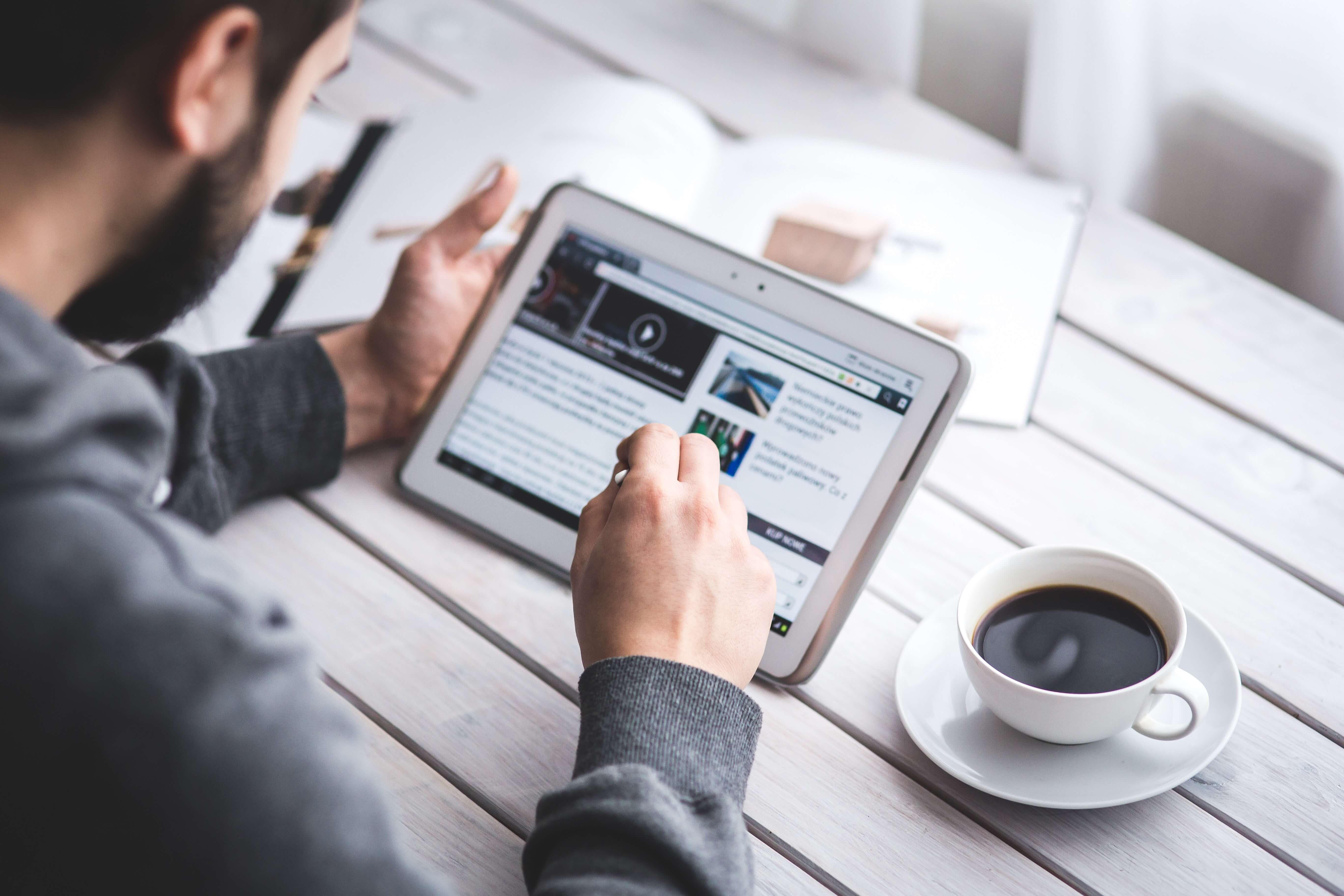 Gdzie bywać i jak się pokazywać czyli brand safety i viewability kampanii reklamowych online