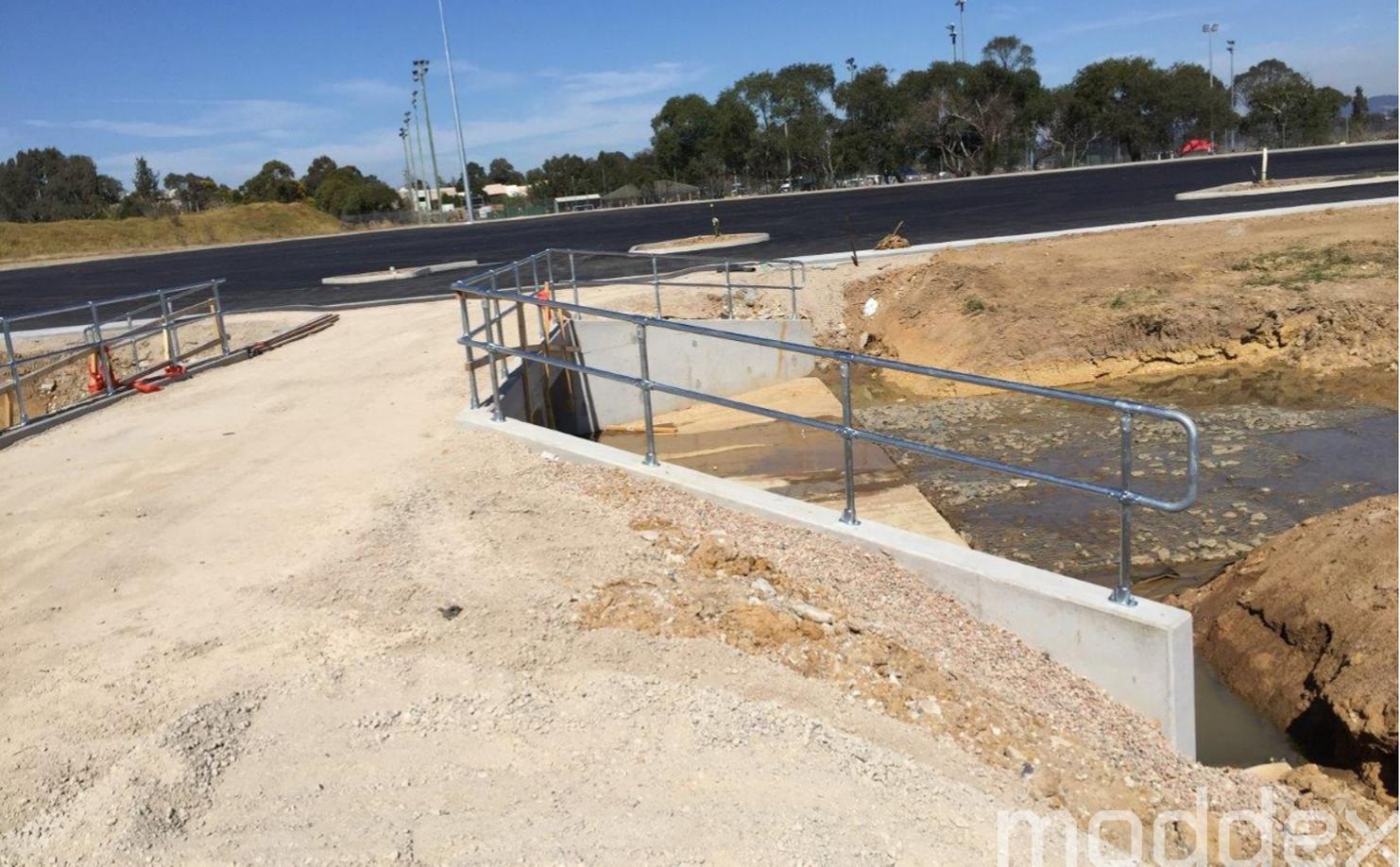 Reo Clash Avoidance Speeds Up Barrier Installations