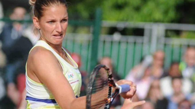 Karolina Pliskova Tennis Racquet Specifications