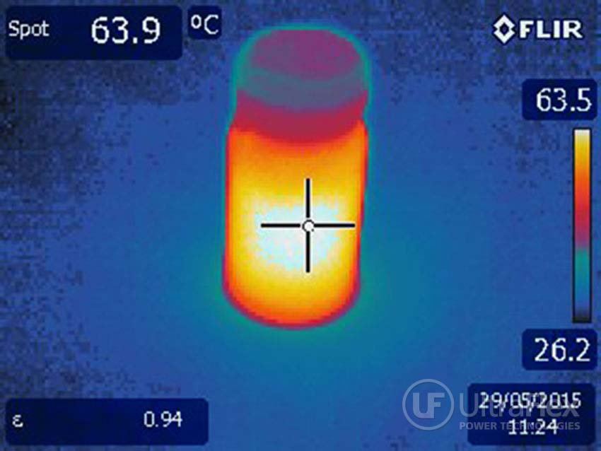Infrared photo of the heated vial