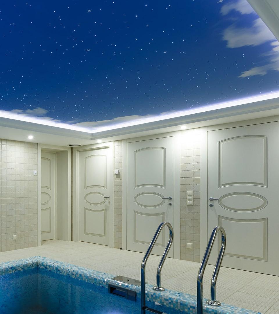Натяжной потолок звездное небо в бассейне 19 м2 2