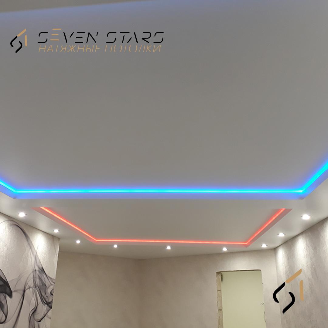 Двухуровневый потолок с подсветкой 21.5 м2 3