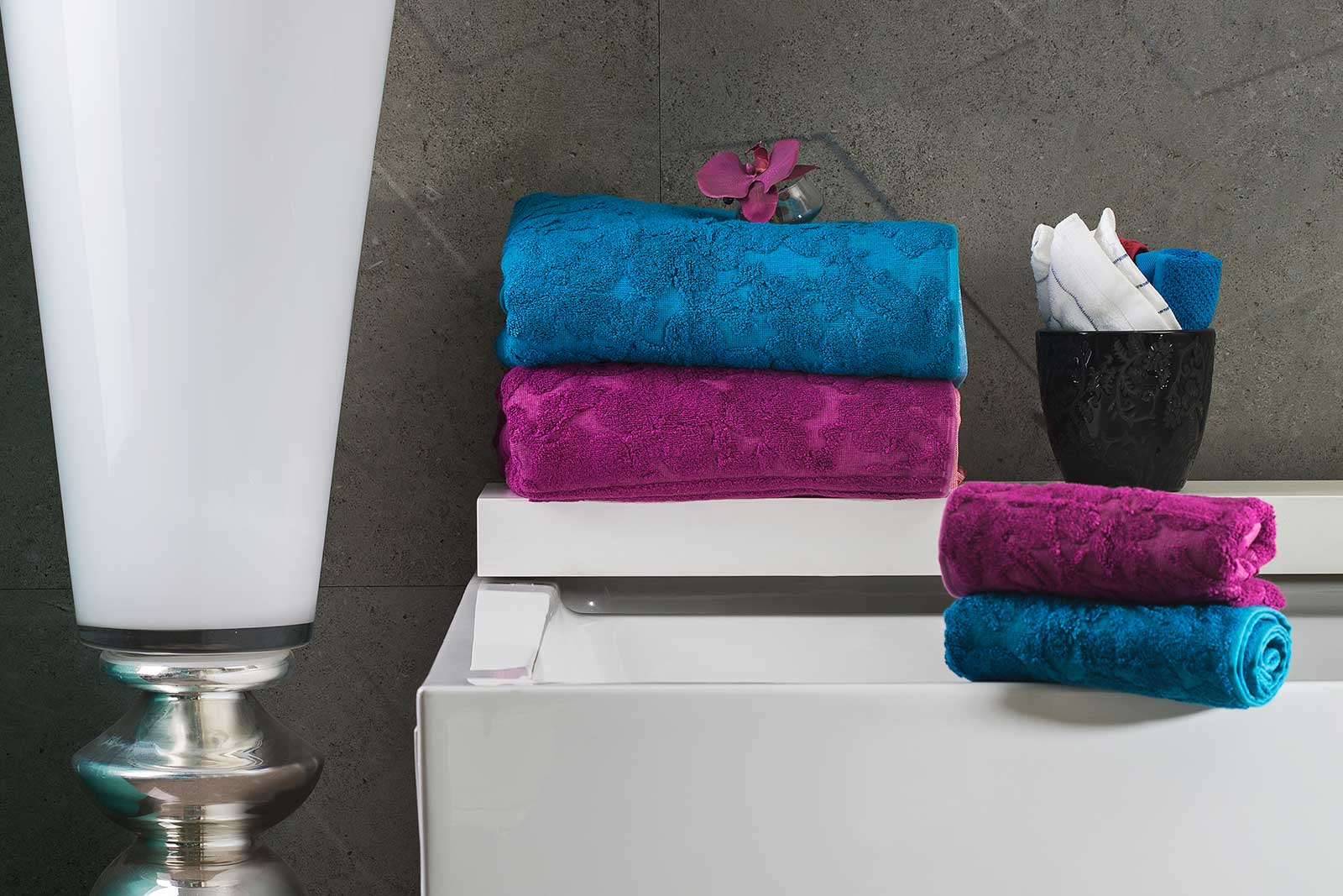 Blue & Magenta Color Towel