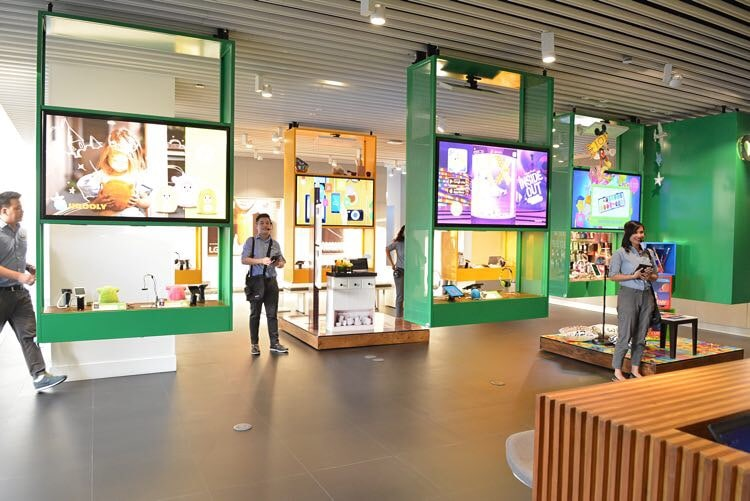 Globe GEN3 Store in Greenbelt 3 – The first two-storey GEN3 store in the country