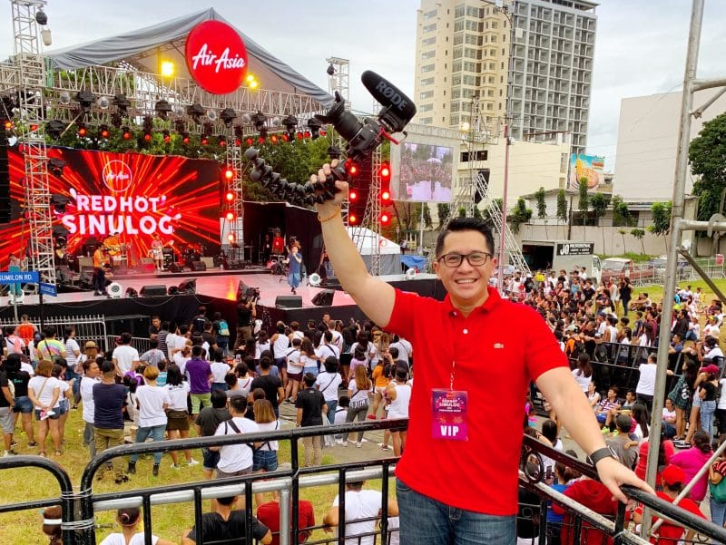 The AirAsia Red Hot Sinulog party showcases fireworks and awesome performances from Maja Salvador and KZ Tandingan!