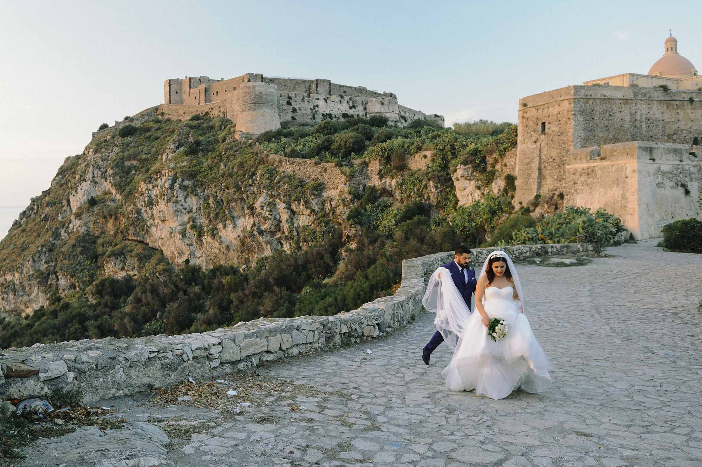 get married in Milazzo - glam