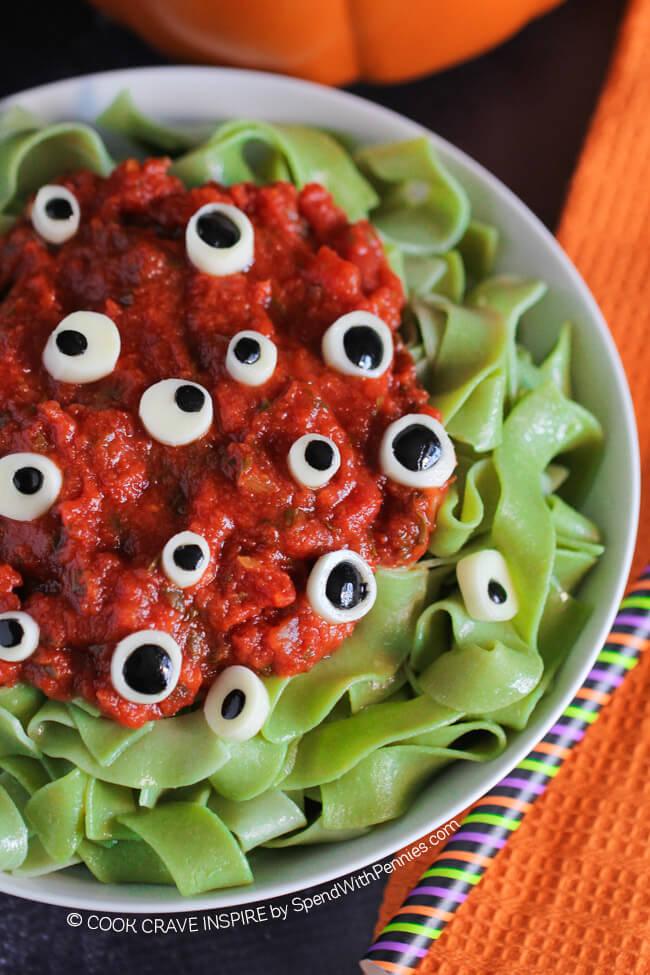 Family Friendly Spooky Halloween Recipes Thumbnail