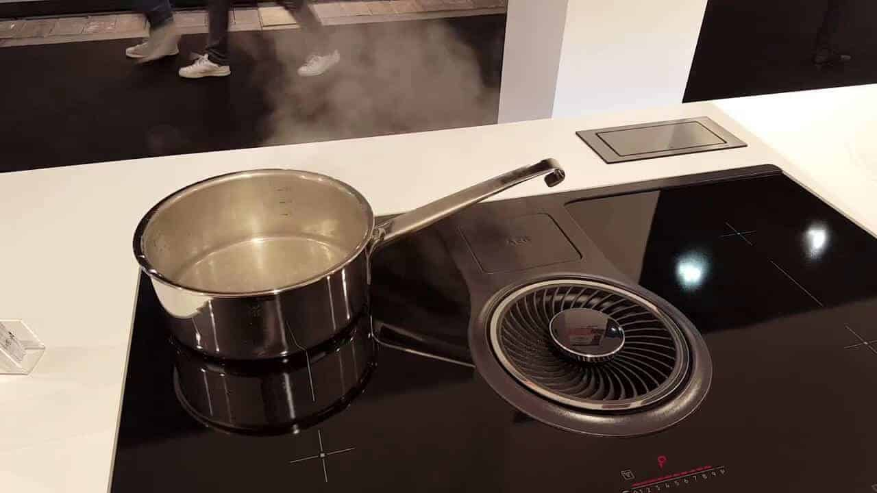 AEG combo hob is an ideal smart induction hob for smart kitchens.