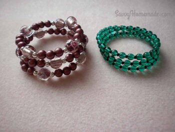 The quick memory wire bracelets DIY