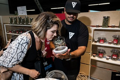 Ember Valley-Hall-of-Flowers-2019-events-cannabis companies-Mike Rosatti-Rosatti Photos-mg-mgMagazine