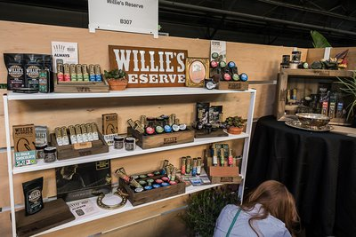 Willies Reserve-Willie Nelson-Hall-of-Flowers-2019-events-cannabis companies-Mike Rosatti-Rosatti Photos-mg-mgMagazine