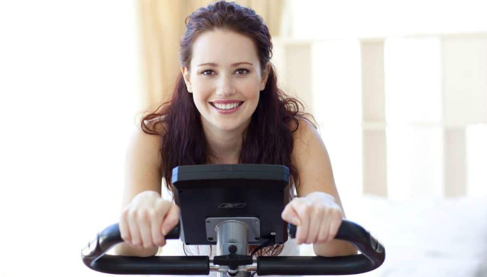 Cyclette ecco come allenarsi in modo corretto a casa