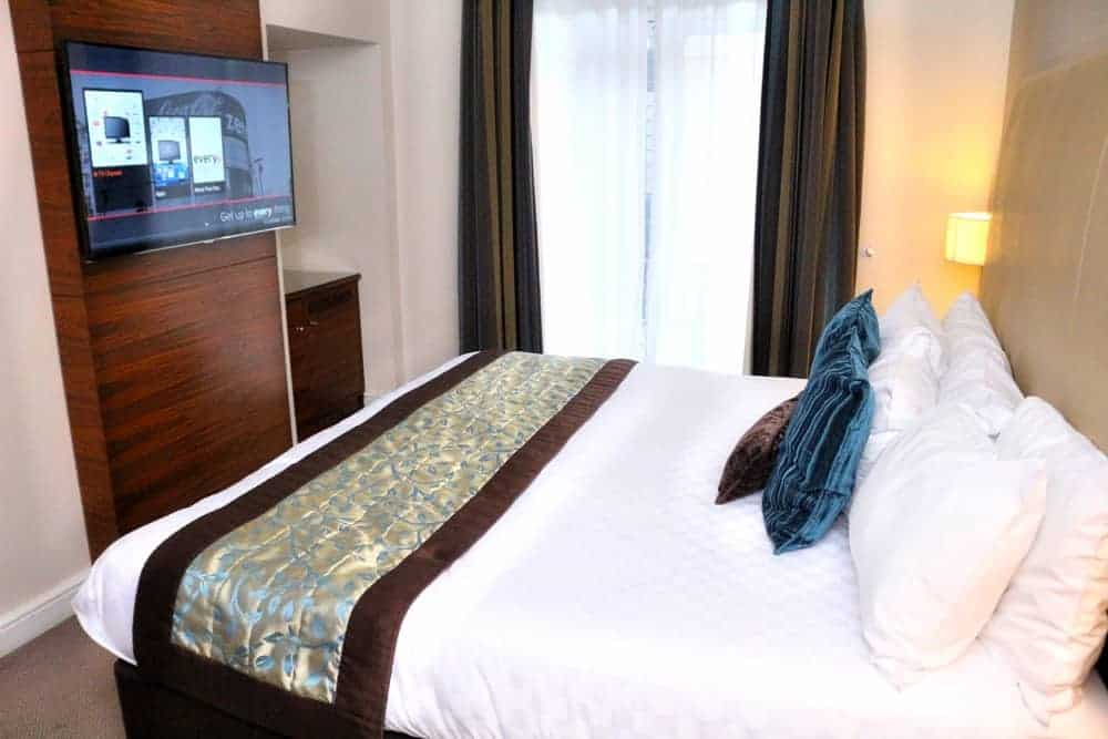 junior-suite-every-hotel-piccadilly