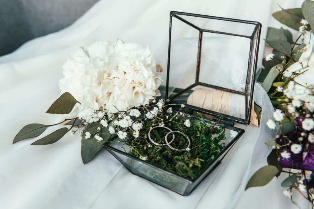 Trauringe Hochzeit Ringkästchen