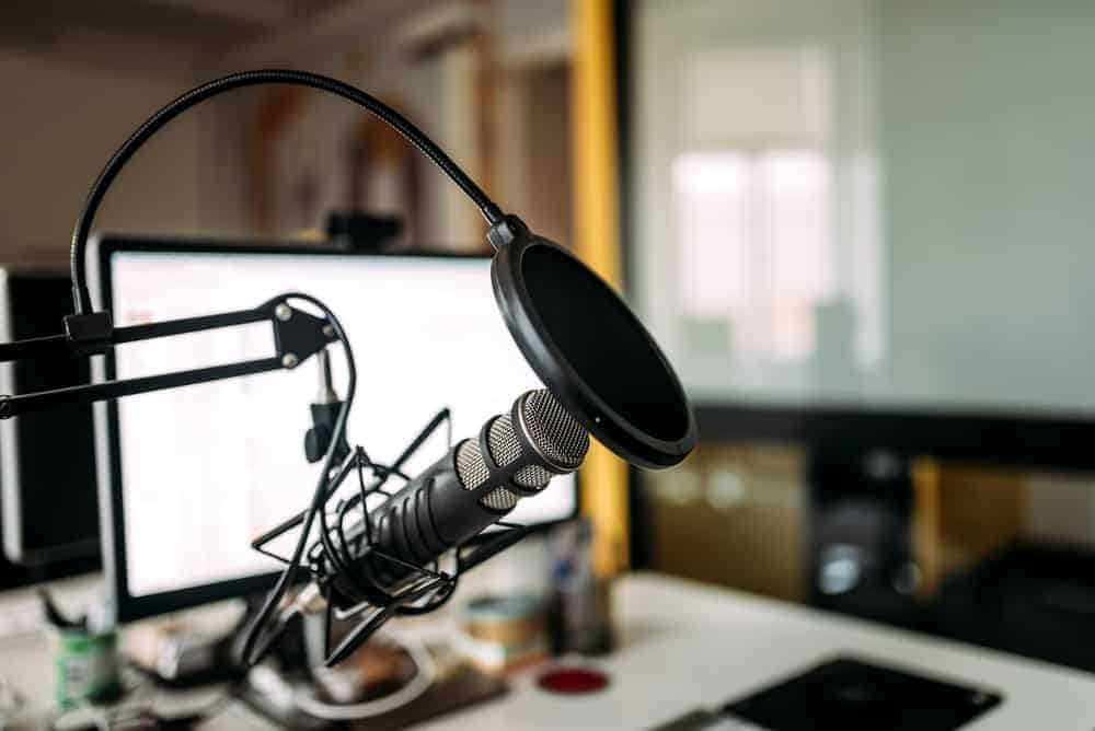 microphone setup for home voiceover jobs