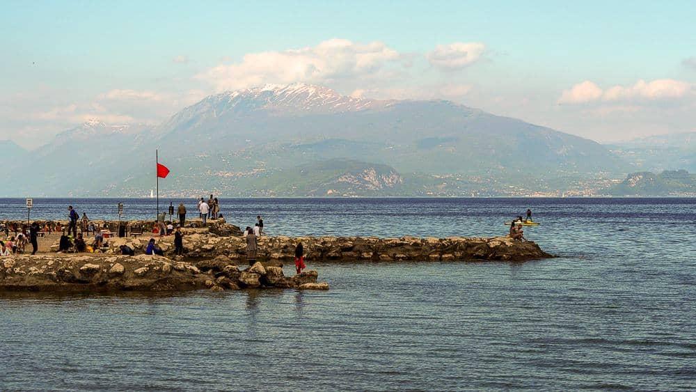 Backpacking Travel Around Europe By Train Itinerary For 2 Weeks - Lake Garda