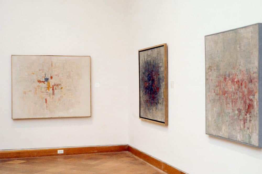 Installation view of abstract paintings presented at the 1980 retrospective at San Francisco Museum of Modern Art.