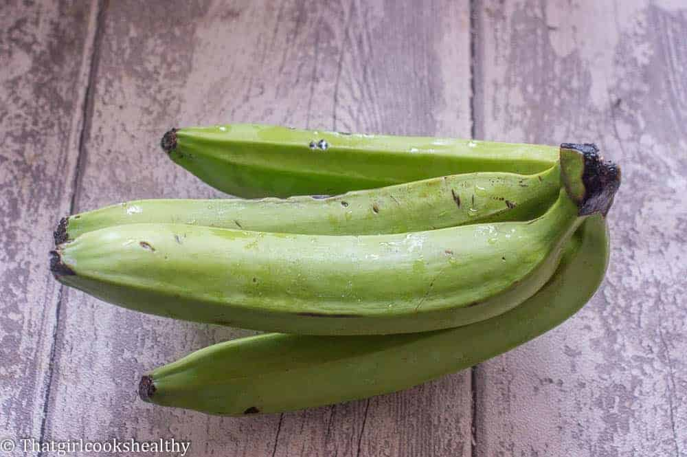 How to boil green bananas steps 1