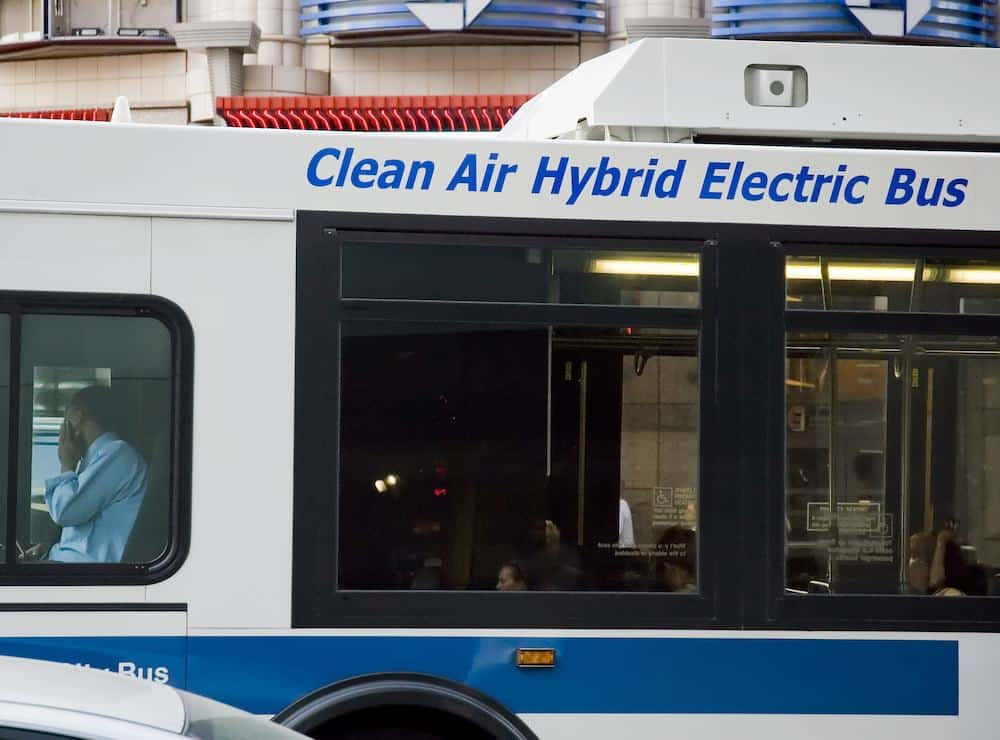 Recent Electric Bus Models and How They'll Solve City Problems