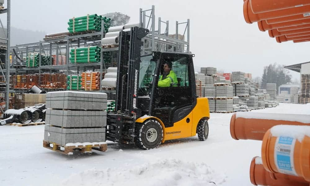 Winter service from Scot Truck Forklifts