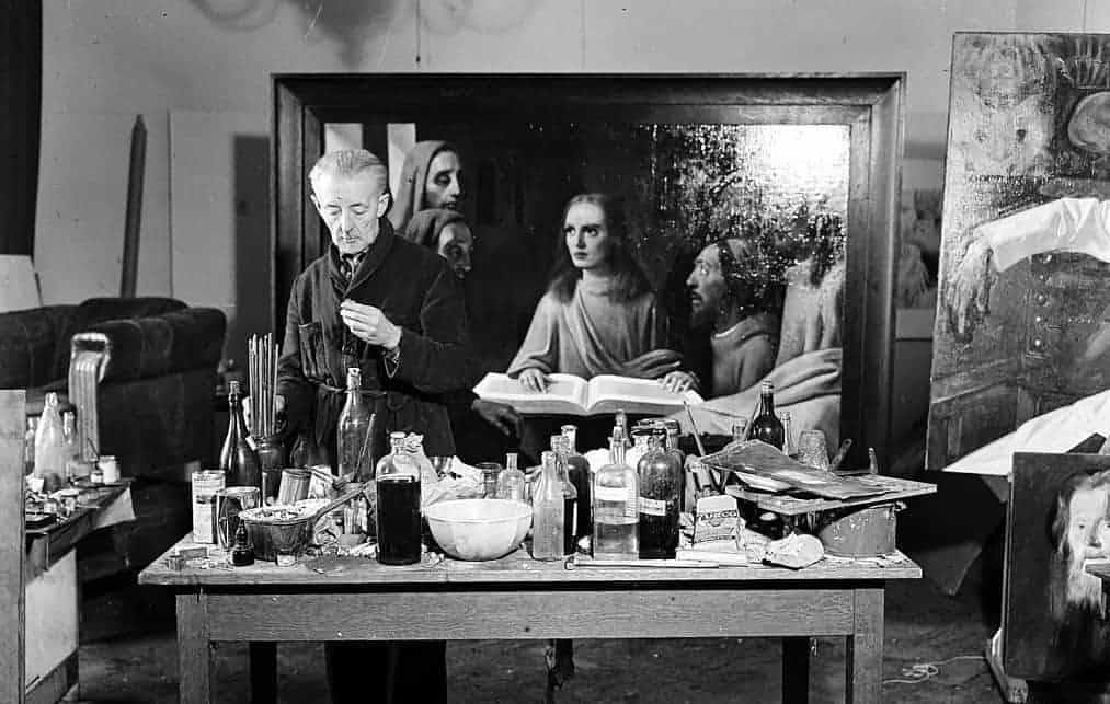 The forger Han Van Meegeren and his fake Vermeer - Jesus among the doctors - 1945