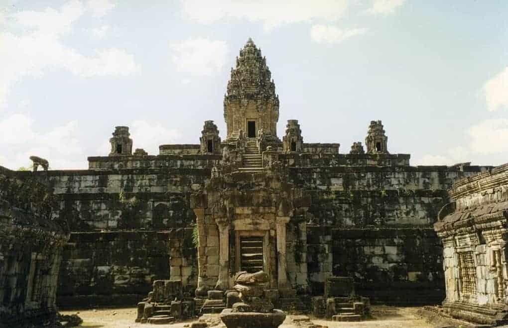 Bakong Temples in Angkor Siem Reap