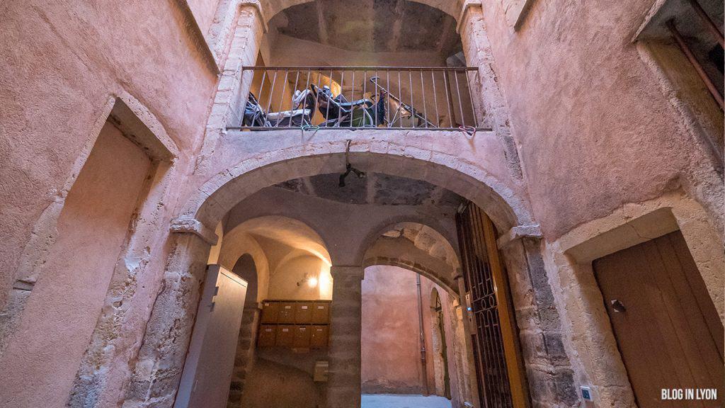 Les traboules du Vieux Lyon - La Longue Traboule de Saint Jean | Blog In Lyon