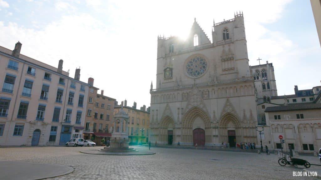 Visiter Lyon - Cathédrale Saint Jean | Blog In Lyon