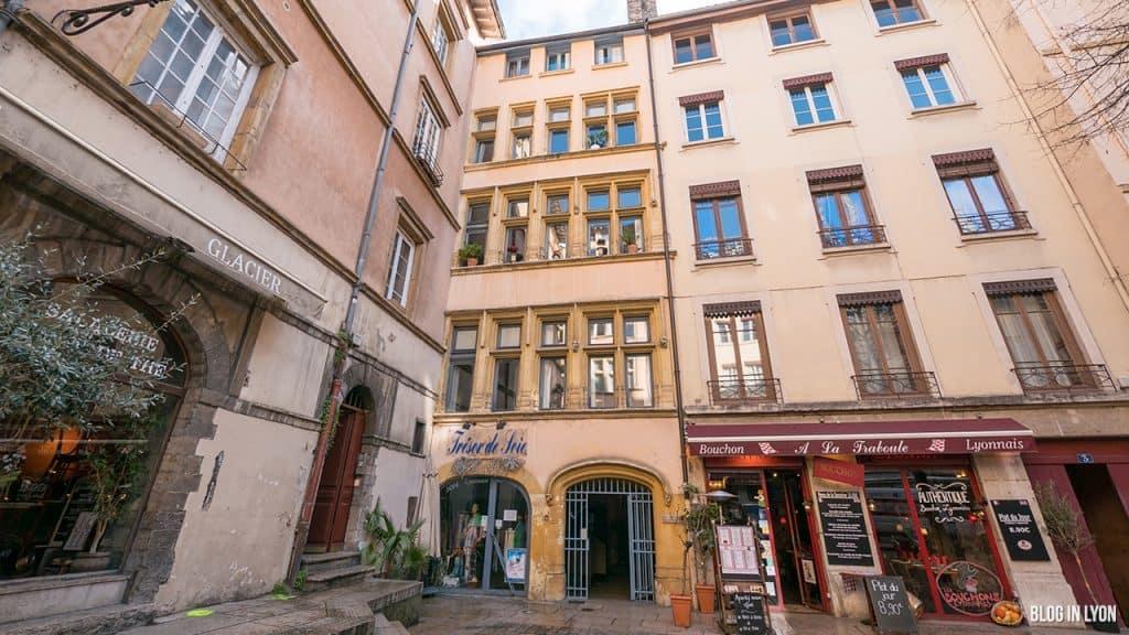 Visiter Lyon - Façade 2 Place du Gouvernement | Blog In Lyon