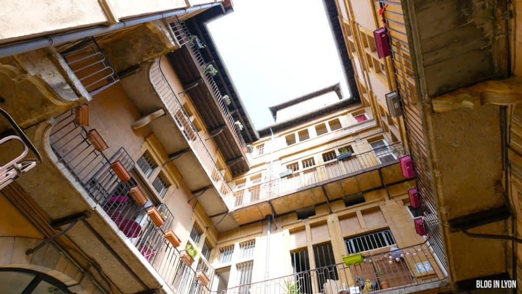 Les traboules du Vieux Lyon - Rue du Boeuf | Blog In Lyon
