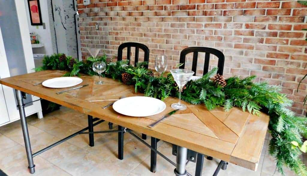 setting place settings for christmas dinner