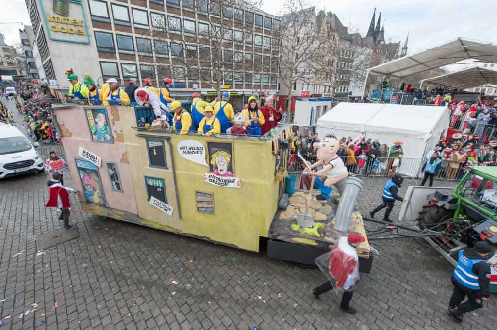 Fachkräftemangel wird auch beim Kölner Rosenmontagszug bemängelt