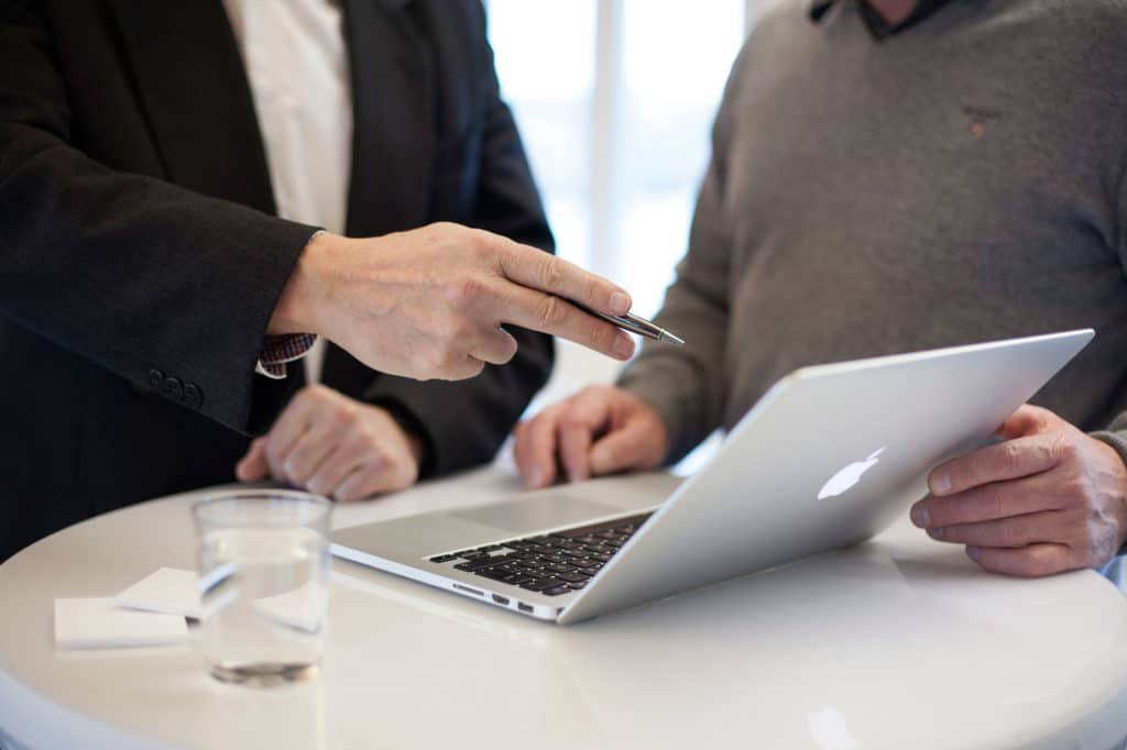 4-ideas-how-to-boost-consulting-career-network