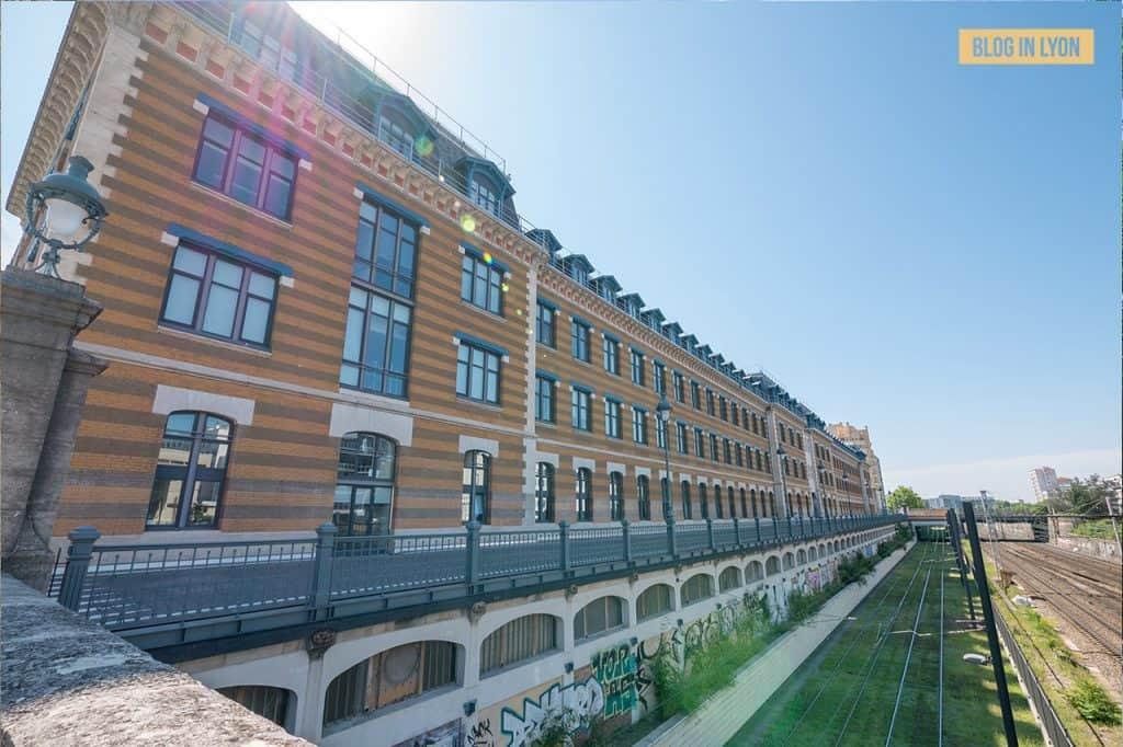 Visiter Lyon Fresques et murs peints - Manufacture des Tabacs | Blog In Lyon