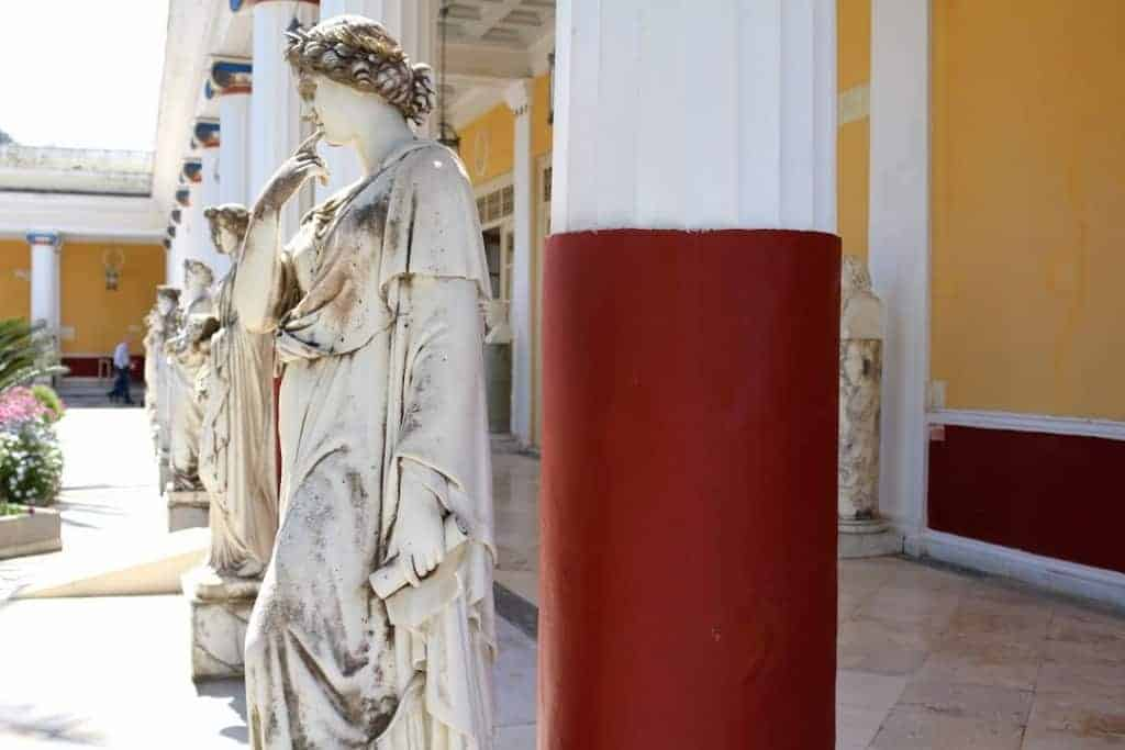 Interesting facts on Greece: the name of the country