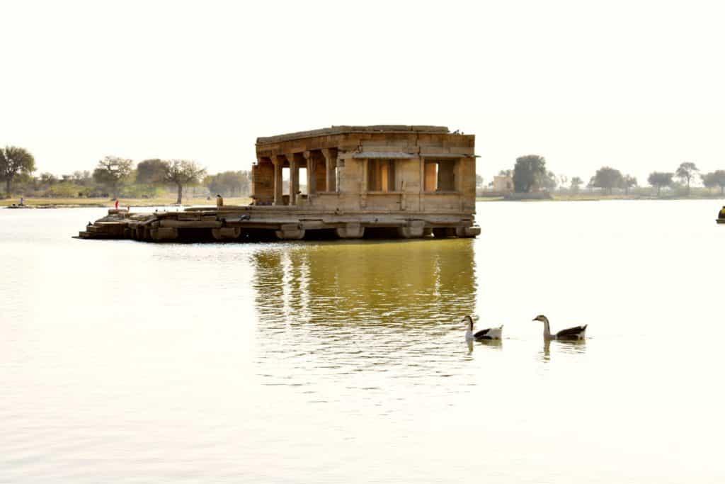 TTV Gadisar Lake House